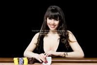 ace_poker_play_photoshoot_010320140042