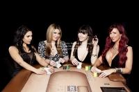 ace_poker_play_photoshoot_010320140026